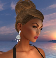 Heth Haute Couture - August Free Gift For Women - The Abigaile Earrings