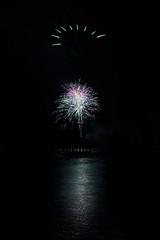 Feu d'artifice sur le lac d'Hourtin-Carcans - Photo of Carcans