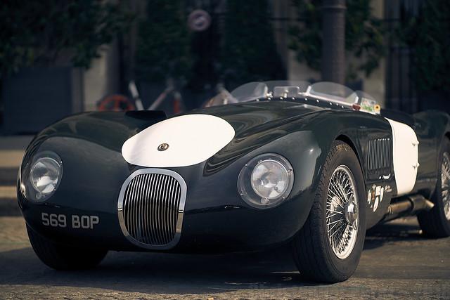 la traversee de Paris estivale 2018 ~ Jaguar C-type