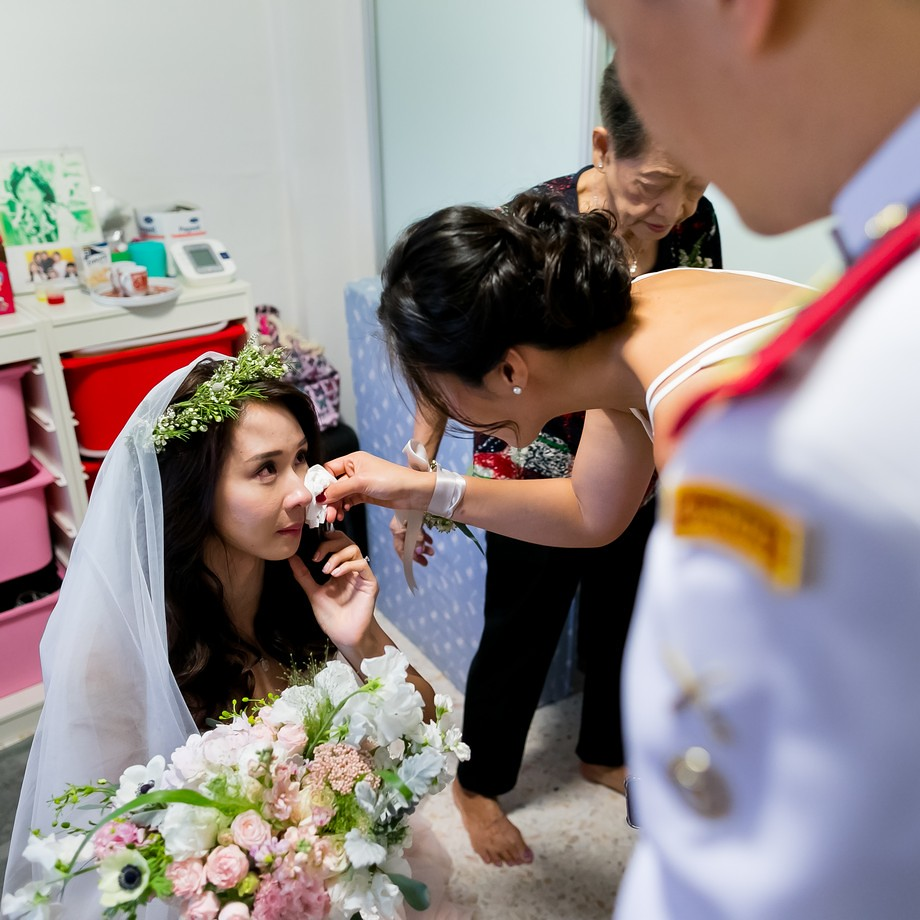 Church of St Mary of the angels - Singapore Church Wedding Photography