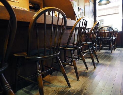 珈琲家族可輪亜居の椅子