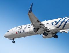 Delta B737-800NG