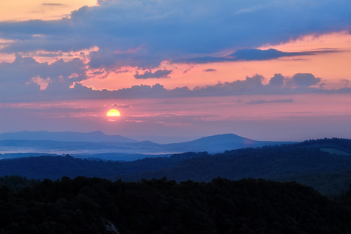 dawn sunrise wildcat rocks doughton park blue ridge parkway north carolina