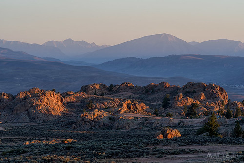 hartmanrocks light morning mountains rocks sunrise