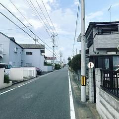 錯過接駁車前往目的地,唯有步行穿越鎮內小街,這是小新的家? 【浪遊旅人】https://ift.tt/1zmJ36B #backpackerjim #railway #street #town #city #kasukabe #saitama #japan