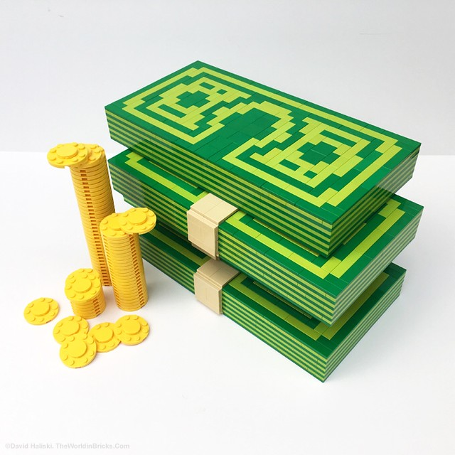 Now accepted at the LEGO store. 👍 💴 💰 #lego #moc #cash #money