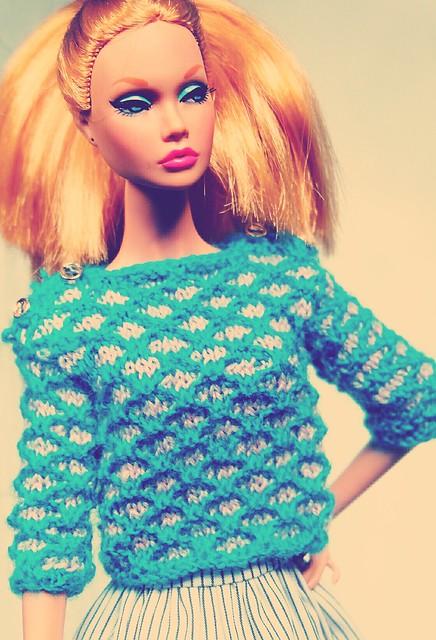 Sweater made by me, Fujifilm X-M1, XC16-50mmF3.5-5.6 OIS
