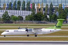 Air Baltic Bombardier Dash8-400 YL-BAE