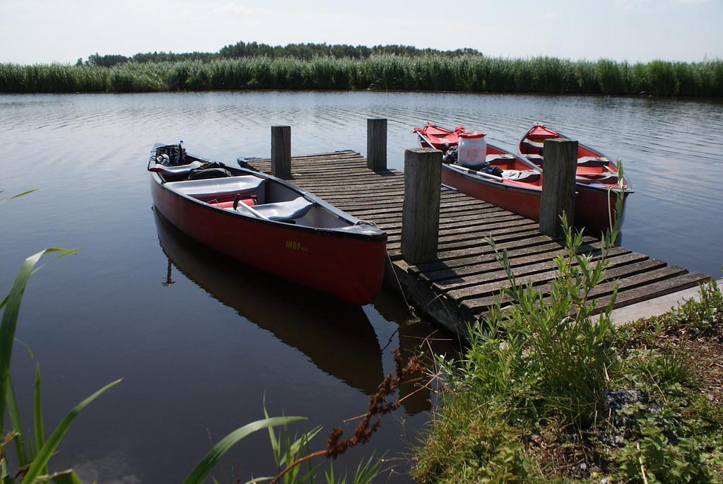 Faire du canoe en petit groupe dans la pampa au nord d'Amsterdam.