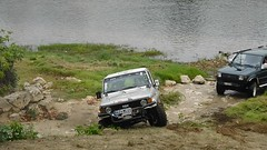 Off-roading - Toyota Land Cruiser (J70)