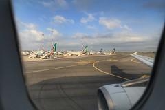 Landing (10)
