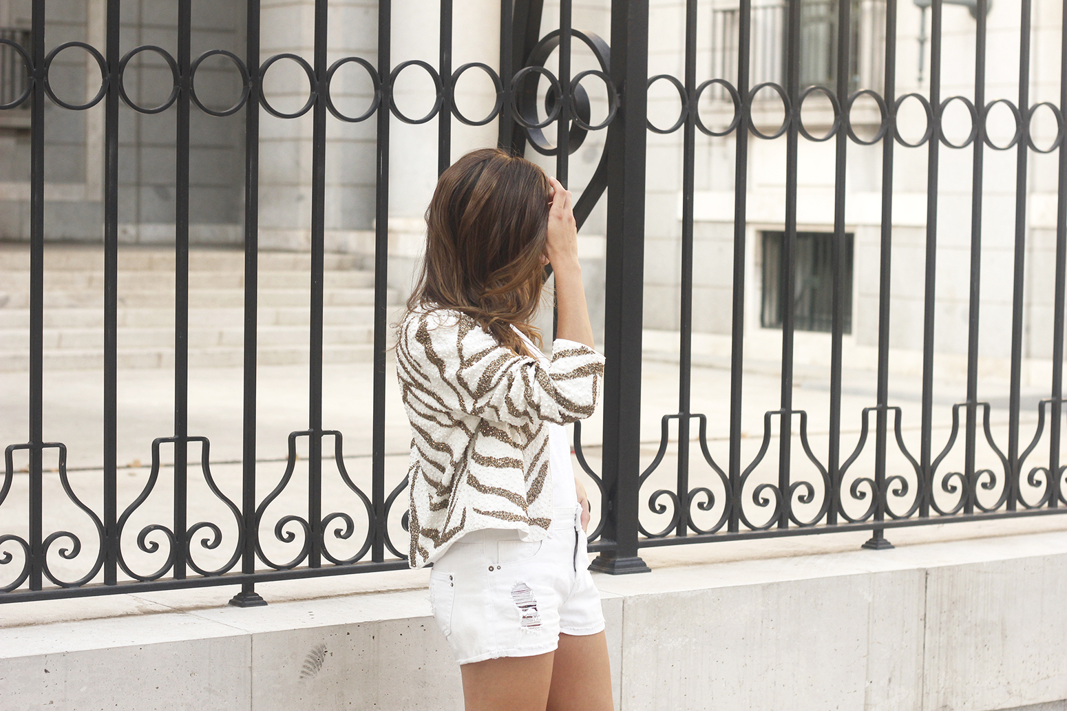 white sequin jacket white denim shorts sandals summer outfit street style 201808
