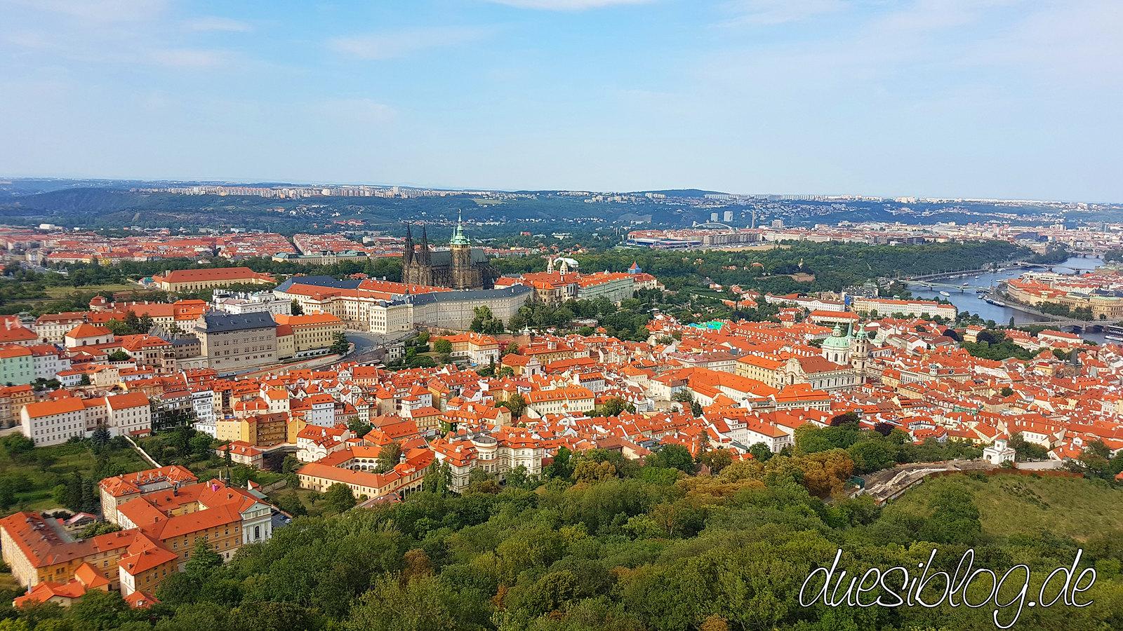 Prag Prague Praha Kleinseite Petrin Hill Strahov Burg duesiblog travelblog 40
