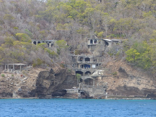 cruise caribbean vacation silversea silverwind stvincentandthegrenadines bequia moonhole solar