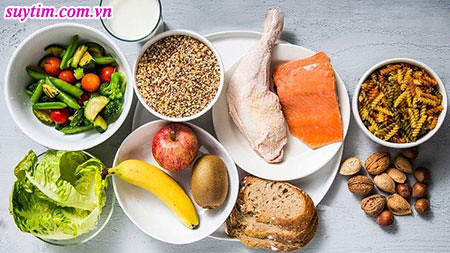 Tránh thực phẩm giàu kali khi người bệnh suy tim dùng thuốc chống đông máu