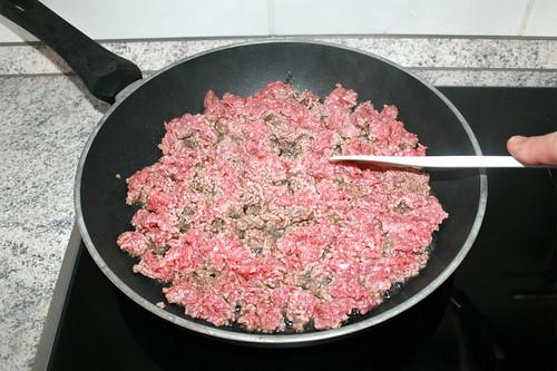 15 - Hackfleisch krümelig anbraten / Fry ground meat crumbly