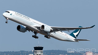 Cathay Pacific A350-1041 msn 169