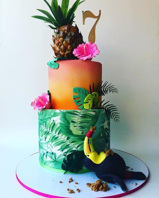 Cake by Sugar Hit Cakes