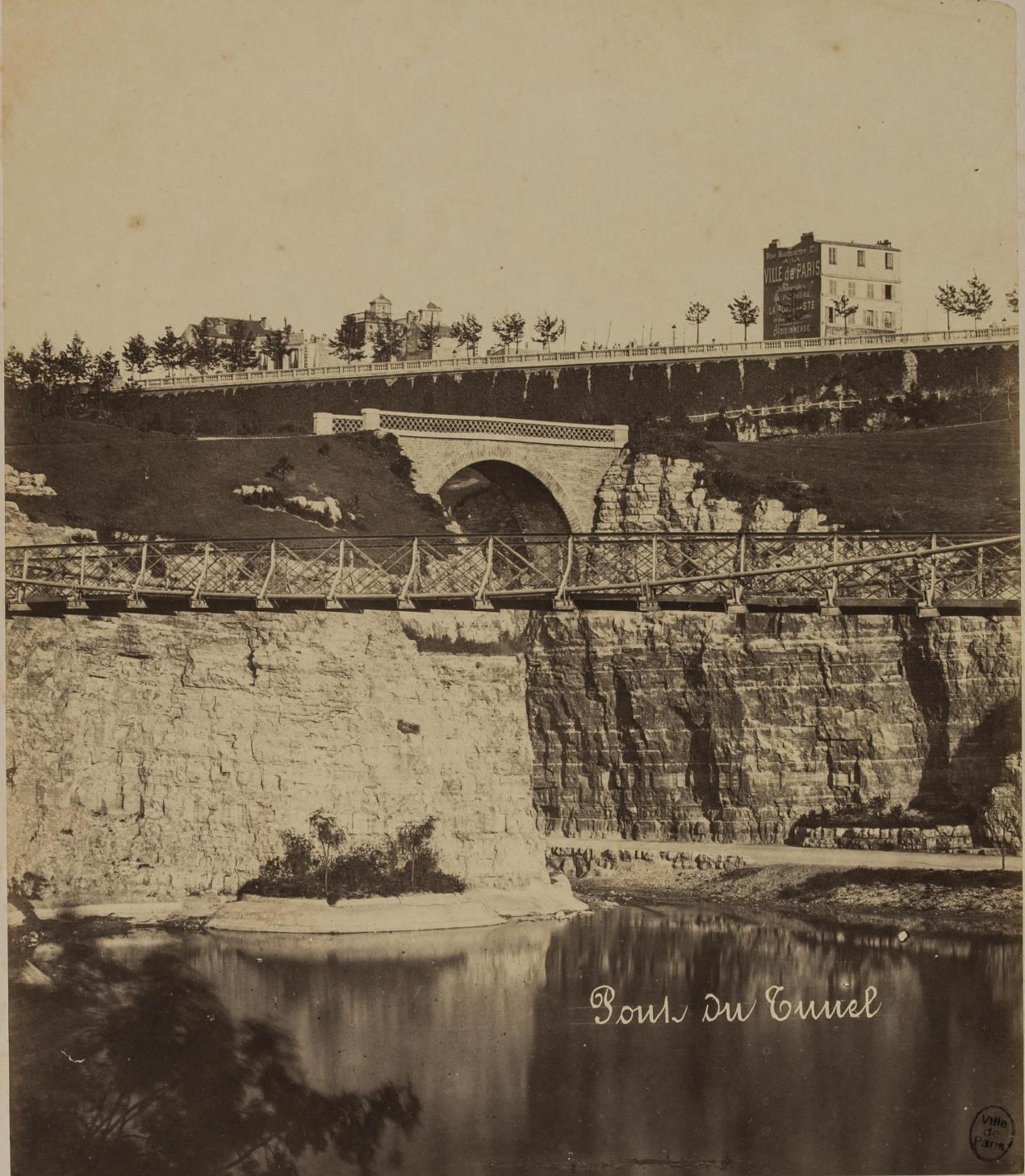 12. Туннельный мост,вид в сторону улицы Боцарис