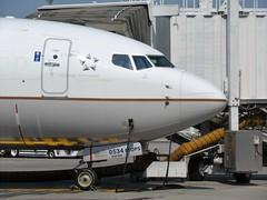 UAL 737-824 N86534