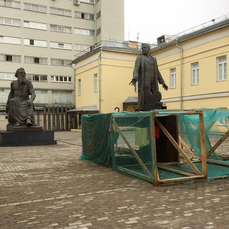 Хаим Сокол в ММСИ на Гоголевском бульваре весной 18