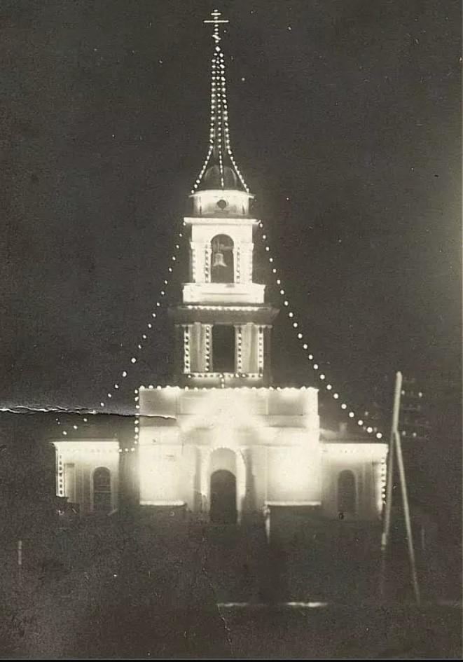 Иллюминация Благовещенского собора на Пасху