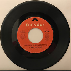 GWEN GUTHRIE:(THEY LONG TO BE)CLOSE TO YOU(RECORD SIDE-A)