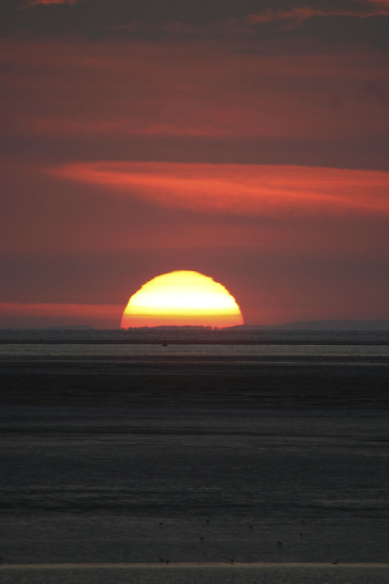 sunset over Burnham Beach 2, Canon EOS 400D DIGITAL, Sigma 50-500mm f/4-6.3 APO HSM EX