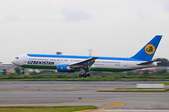 UZBEKISTAN AIRLINES BOEING767-300ER UK67008