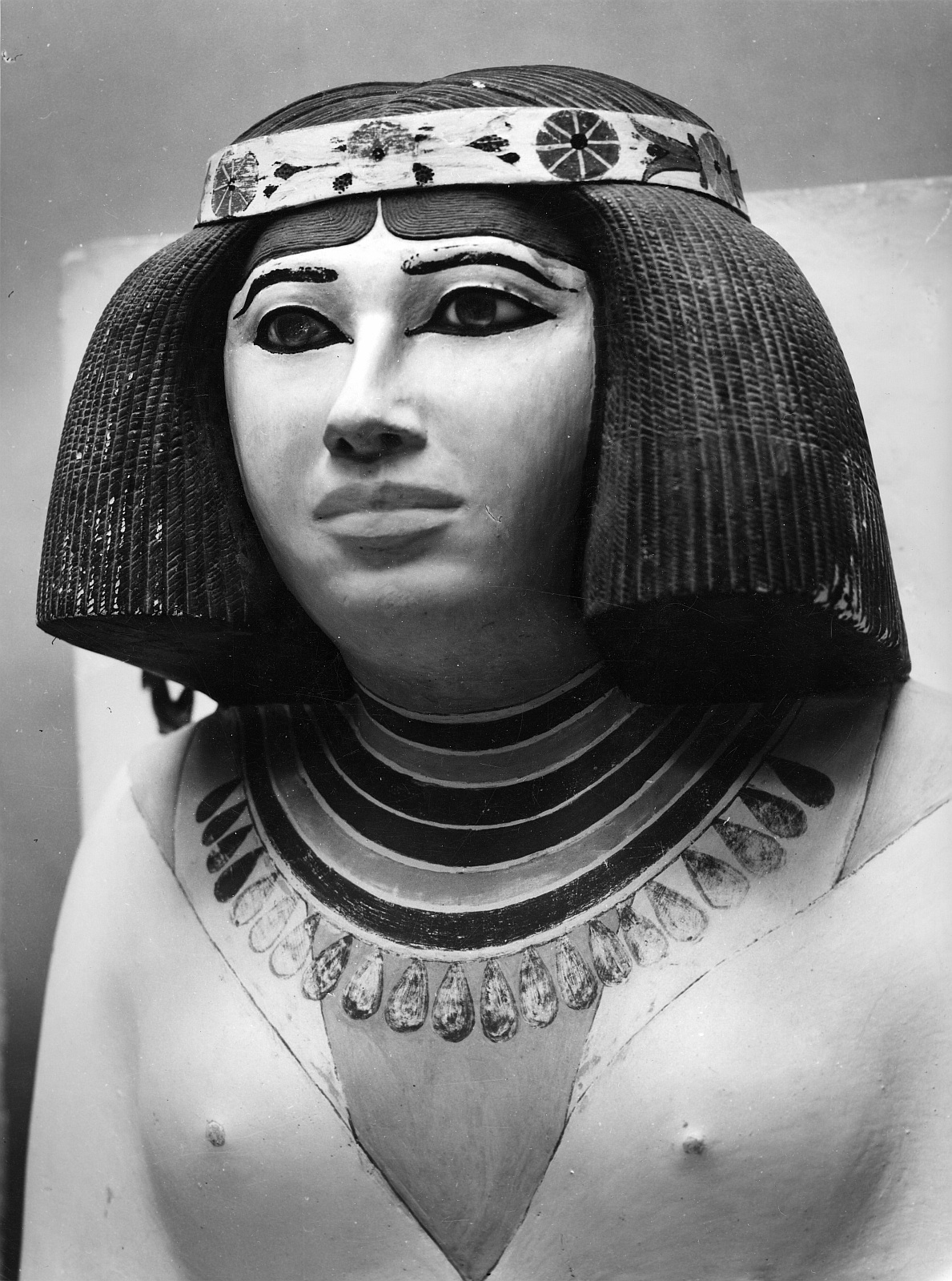 Каирский музей. Нофрета (жена Рахотепа)