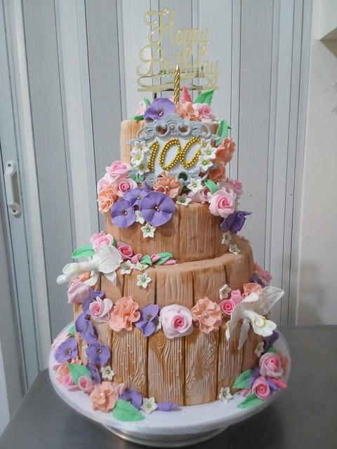 Centennial Cake from Dennis Manalastas of Sweet Zarah Cake Creations By Chef Dennis