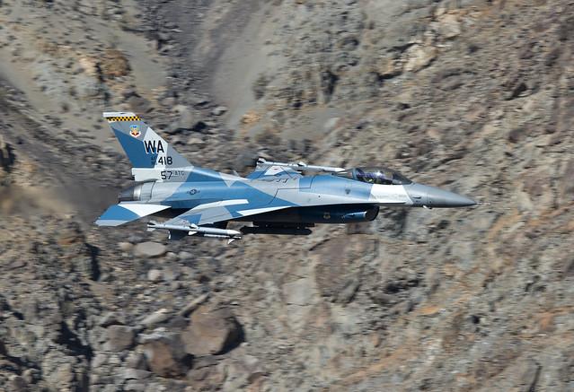 Lockheed Martin F-16C Fighting, Nikon D800E, AF-S VR Nikkor 400mm f/2.8G ED