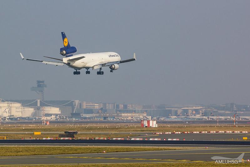 Lufthansa Cargo - MD11 - D-ALCB (2)
