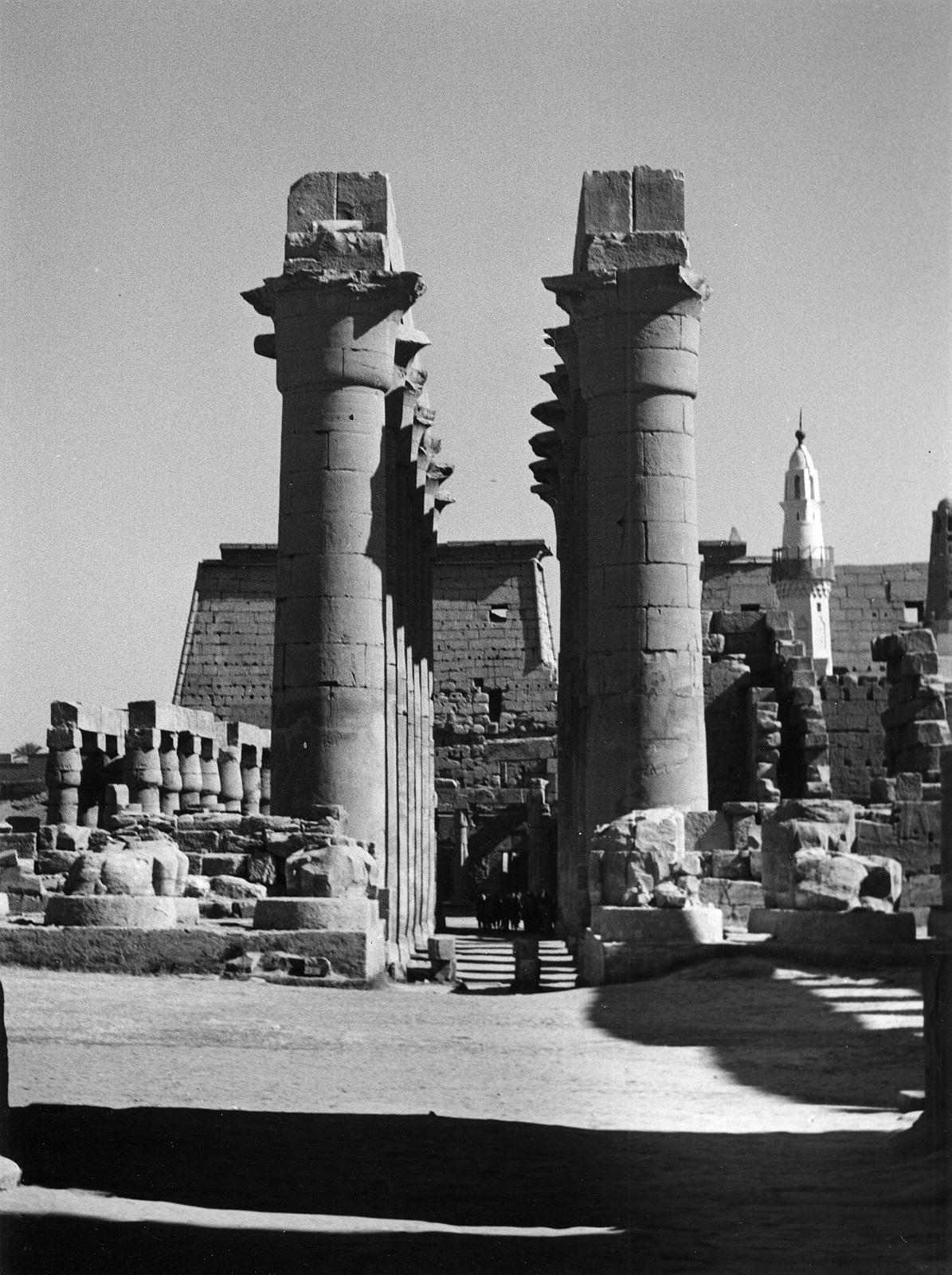 Луксор. Колоннада Аменхотеп II