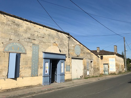 Wood-fired bakery, St-Magne-de-Castillon