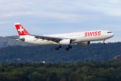 HB-JHH Airbus A330-343 Swiss International Airlines