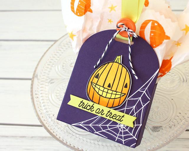 LizzieJones_PapertreyInk_August2018_GrinsGhouls_CornerAdorner_Halloween_TrickOrTreatBox1