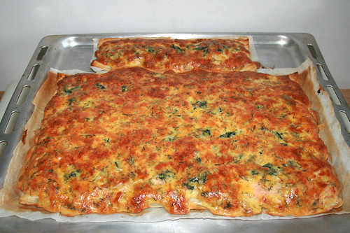 10 - Salmon spinach cake - Finished baking / Lachs-Spinat-Kuchen - Fertig gebacken