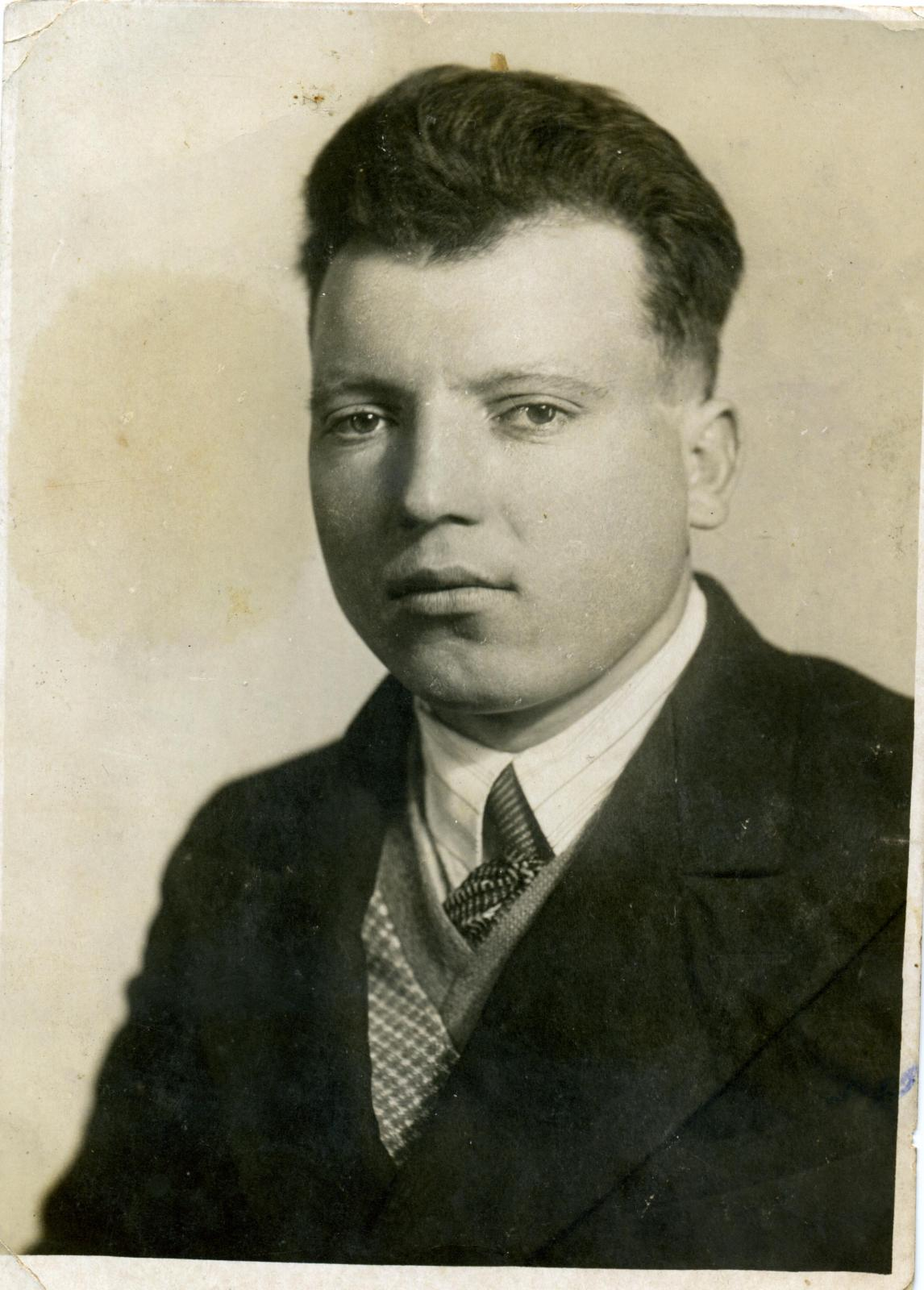1939. Работник ВОХР Колымских лагерей ГУЛАГа Конев Д.В