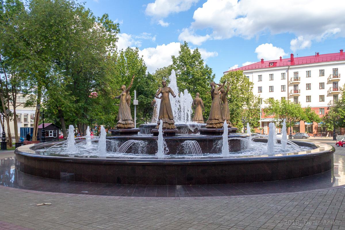 фонтан Семь девушек Уфа фото 1