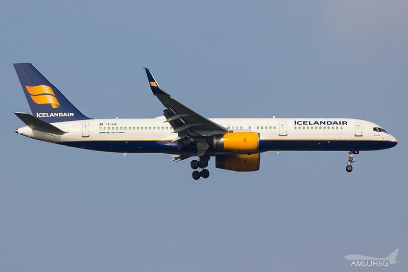 Icelandair - B752 - TF-FIK (1)