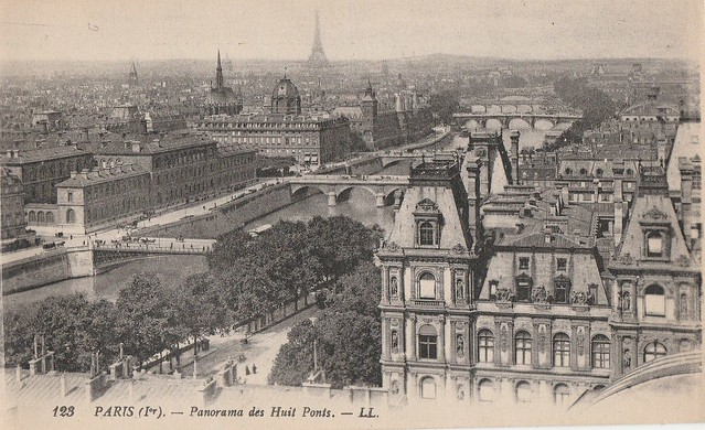 Panorama des huit ponts, Paris