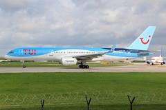 TUI Airways Boeing 757-200 G-BYAW