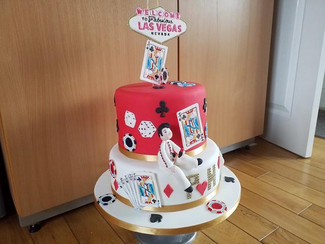 Cake by Elaine Huscroft of Sugar Nanna Cakes