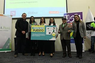 """Alineada a su pilar de Emprendimiento, la Universidad San Ignacio de Loyola junto con Junior Achievement Perú realizaron el pasado martes 17 de julio la clausura de la segunda edición del """"JA School Startup USIL"""""""