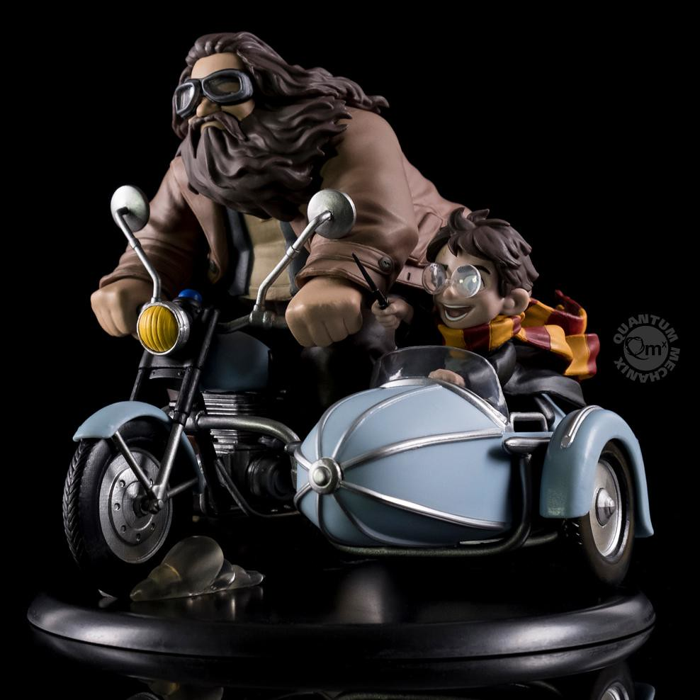 「哈利,抓緊囉~」Quantum Mechanix Q-Fig 系列 哈利波特【哈利和海格】Harry and Hagrid Q-Fig Max Diorama