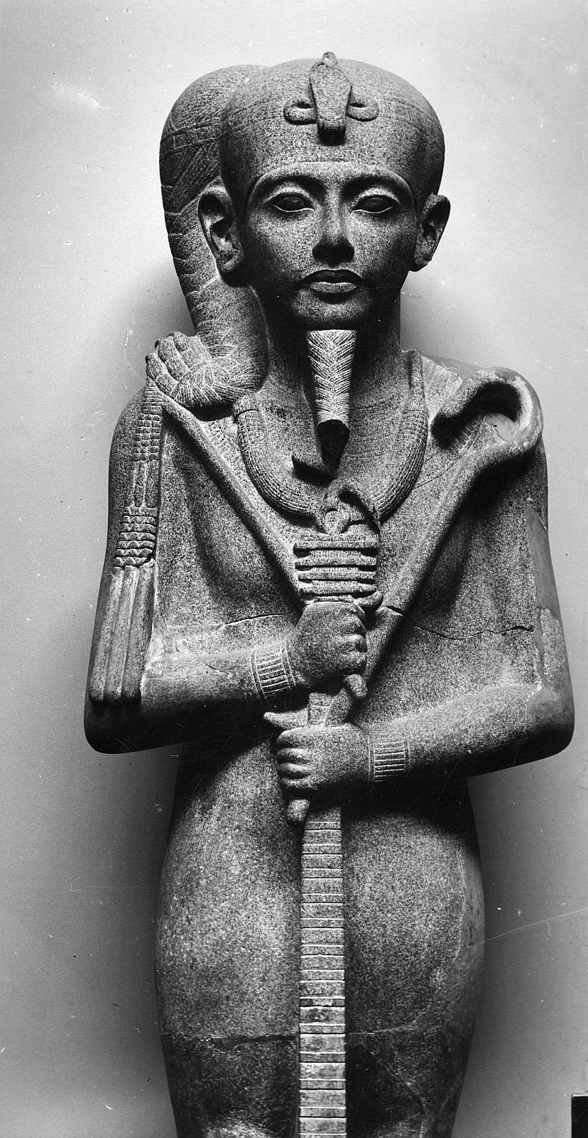 Каирский музей. Статуя бога Хонсу