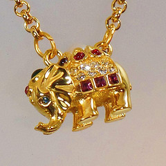 Elephant Necklace. Joan Rivers Necklace. Vintage Necklace. Rhinestone Necklace. Swarovski Necklace. waalaa. Necklaces for Women.