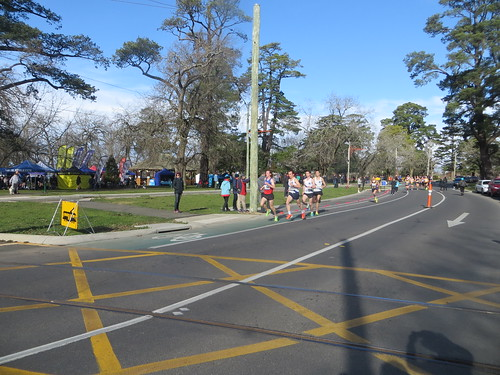 XCR18 Round 7: Lake Wendouree Road Race
