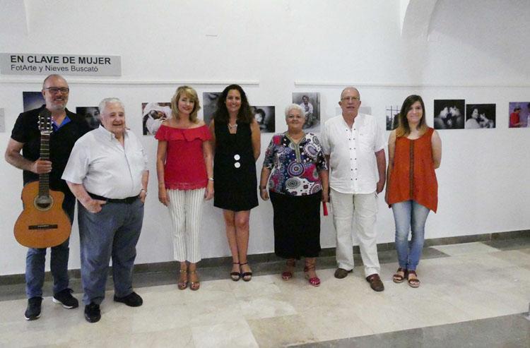 INAUGURACIÓN DE LA EXPOSICIÓN EN CLAVE DE MUJER1